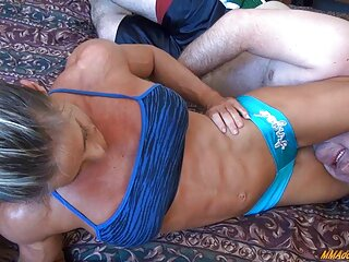 Nézd meg a pornó videók vegas Babe szőrös pina nyalása Samantha rone Lovaglás dick jó minőségű, kategóriájába tartozó hd pornó.