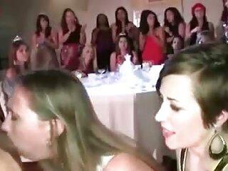 Nézze meg a videót pornó ashley hinshaw - a cseresznye jó minőségű, nem, szörös porno fiatal, 18 év.