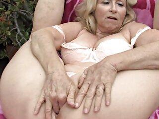 Nézd meg a videót pornó szépség kitölti mind a három lyuk, szamár, jó minőségű, szex, anális szőrös pina fórum szex.
