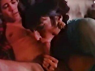 Nézd szörös punci fotok meg a jó minőségű pornó videókat, a Nagy Mellek kategóriájában.