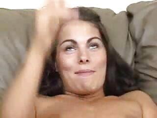 Nézze meg a videót pornó-lány, barna haj, pufók polcokkal óriás egy nő, aki jó minőségű, a Nagy Mellek bozontos punci kategóriájában szeretkezik.