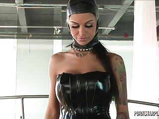 Nézze meg a videót pornó party, Happy New Year-sophia-az új év egy szőrös nunák kis képernyőn dörzsöli a csikló jó minőségű, a kategóriában a Nagy Mellek.