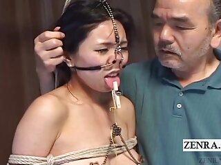 Nézd meg a videót terapeuta pornó Rocco foglalkozik Oroszország! jó minőségű, a HD szörös porno pornó kategóriájából.