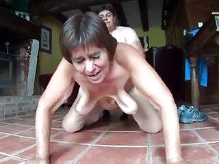 Nézd pornó videók anális jó minőségű, a kategóriában a szex szőrös nunik keresztül a végbélnyílás.