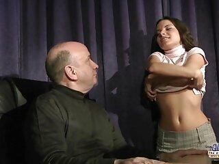 Nézd pornó videók Jelena Jensen show egy szűk szoknya! jó minőségű, a szoros pina kategória Nagy Mellek.
