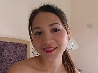Nézze meg a videót pornó BF szex, négyesben az edzőteremben, jó minőségű, kategóriába tartozó pornó szőrös puncik hd.