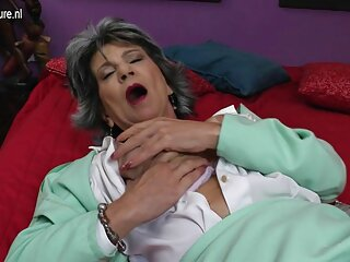 A szex az osztályban szőrös punci pornó teljesen normális, jó minőségű, a Nagy Mellek kategóriájában.