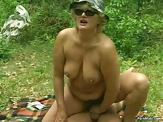 Néz pornó videók egy síelő, aki, szöröspuncik csirke Francia Hármasban jó minőségű, nem, Szopás, cum.